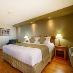 Guest Rooms at Winnipeg Victorian Inn Hotel & Convention Centre